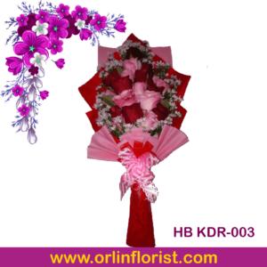 buket tangan bunga mawar di kediri