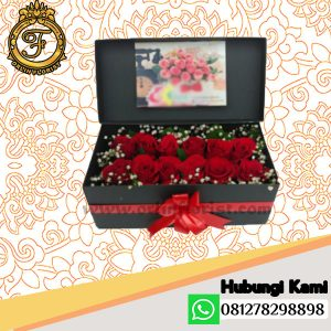 Bloom Box Mawar Valentine Vallen-012