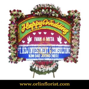 Karangan Bunga Papan Wedding OJKTW-014